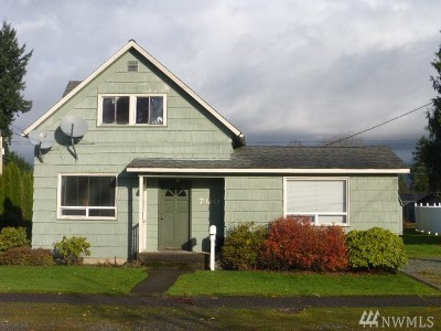 Sedro Woolley Single Family Home For Sale: 700 Sterling St