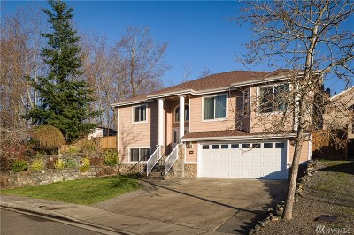 Single Family Home For Sale: 4174 Dover St