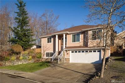 Bellingham Single Family Home For Sale: 4174 Dover St