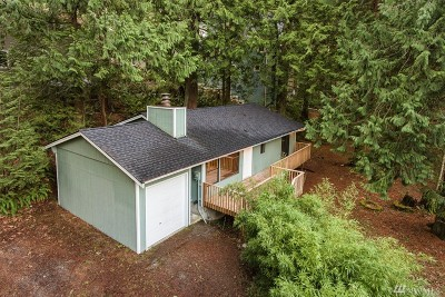 Bellingham Single Family Home For Sale: 185 Sudden Valley Dr