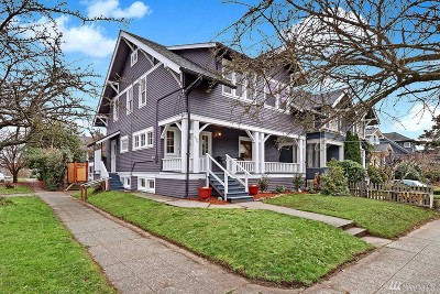 Seattle Single Family Home For Sale: 4558 Thackeray Place NE