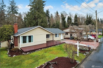 Everett Single Family Home For Sale: 611 Kings Place