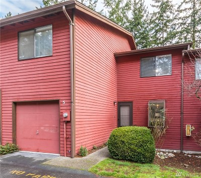Oak Harbor Condo/Townhouse For Sale: 111 NW Columbia St #A5