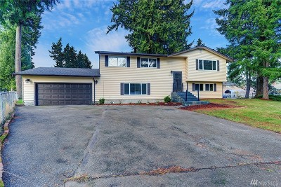 Spanaway Single Family Home For Sale: 22106 44th Ave E