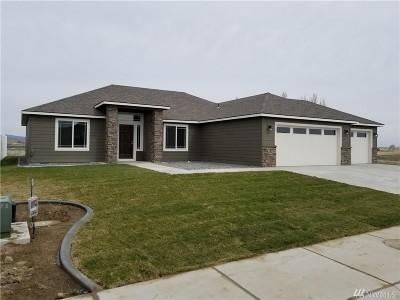 Single Family Home Sold: 715 8th Ave NE