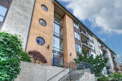 King County Condo/Townhouse For Sale: 9416 1st Ave NE #414