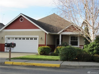Burlington Condo/Townhouse Sold: 537 Woollen Rd