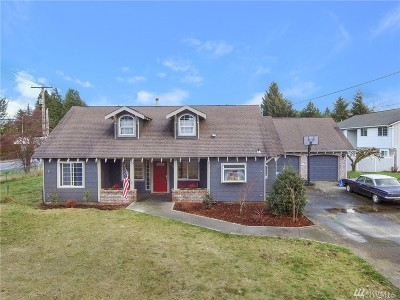 Lacey Single Family Home For Sale: 1404 Golf Club Rd SE