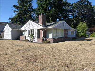 Lakewood Single Family Home For Sale: 3207 91st St SW