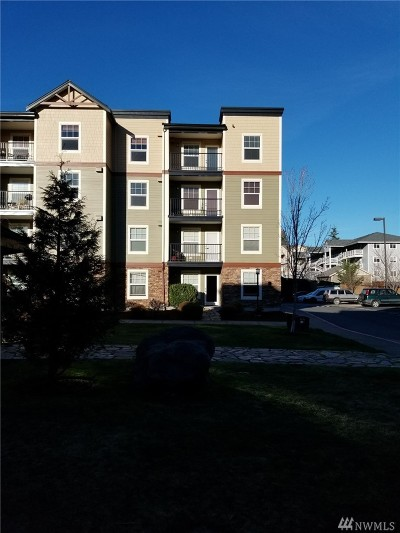 Condo/Townhouse Contingent: 680 32nd St #C401