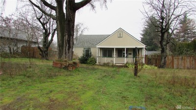 Tacoma Single Family Home For Sale: 213 E 63rd St