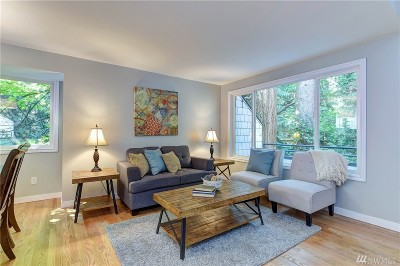 Seattle Condo/Townhouse For Sale: 9165 45th Ave SW #3