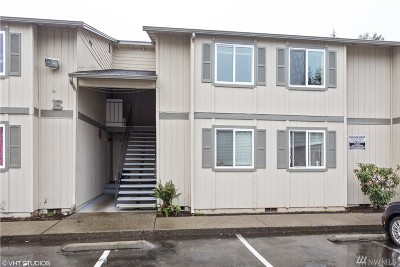 King County Condo/Townhouse For Sale: 1617 Maple Lane #E4