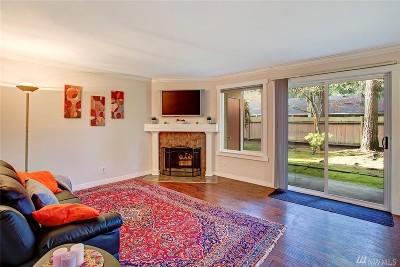 Bellevue Condo/Townhouse For Sale: 16200 NE 12th Ct #D49