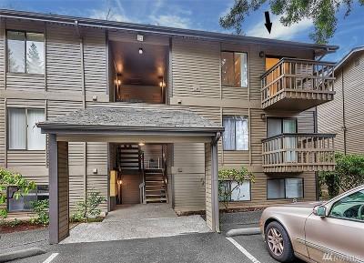 Bellevue WA Condo/Townhouse For Sale: $285,000