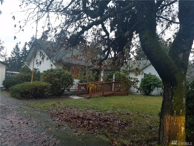 Tacoma Single Family Home For Sale: 706 127th St S