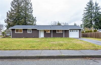 Lynden Single Family Home Pending Inspection: 264 Pollman Cir