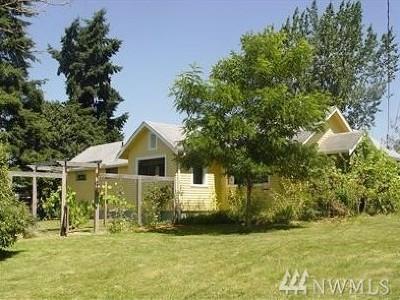 Mount Vernon Single Family Home For Sale: 22603 Buchanan St
