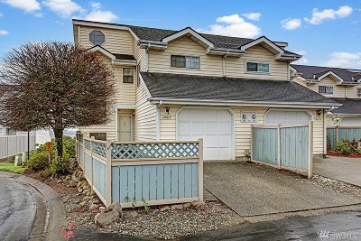 SeaTac Single Family Home For Sale: 18617 48th Place S