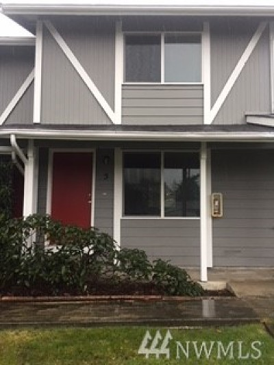 Oak Harbor WA Condo/Townhouse For Sale: $140,000