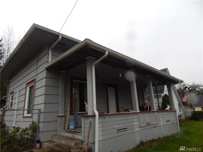 Winlock Single Family Home For Sale: 602 SE 1st St