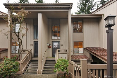 Seattle Condo/Townhouse For Sale: 13730 15th Ave NE #F204