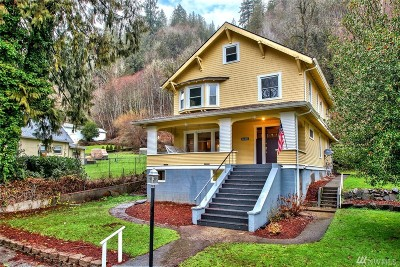 Concrete WA Single Family Home For Sale: $300,000