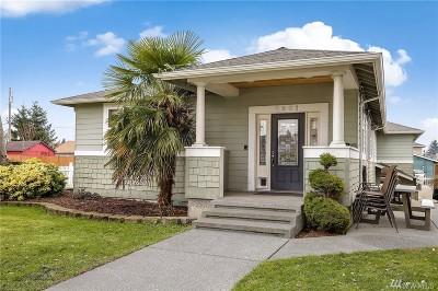 Everett Single Family Home For Sale: 2601 Chestnut St