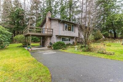 Single Family Home For Sale: 2927 Schattig Lane