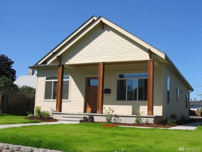 Lynden Single Family Home For Sale: 108 Grover St