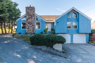 Oak Harbor Single Family Home For Sale: 1363 Chatham Lane