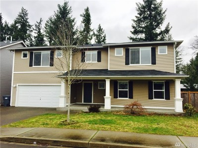 Puyallup Single Family Home For Sale: 4905 202nd St E