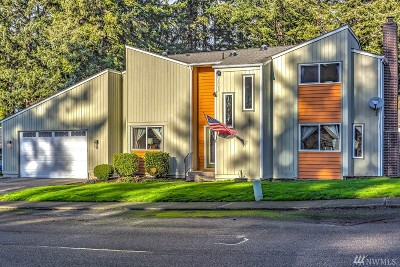 Oak Harbor WA Single Family Home For Sale: $333,500