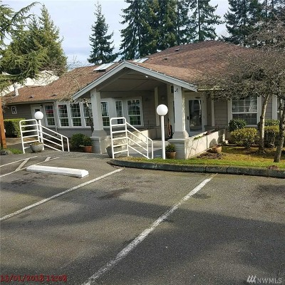 Everett Condo/Townhouse For Sale: 215 100th St SW #D102
