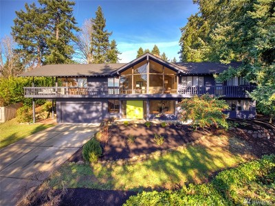 Mercer Island Single Family Home For Sale: 8431 SE 47th Place