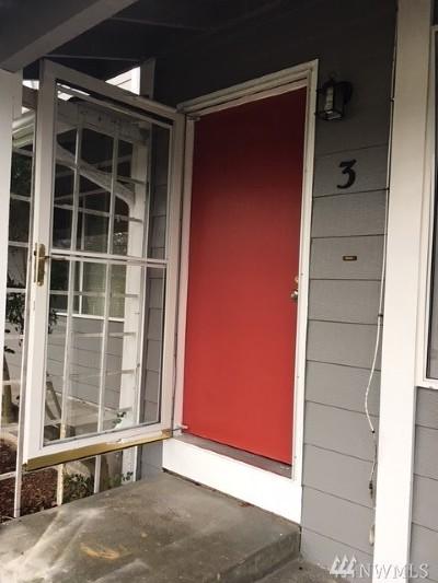 Oak Harbor Condo/Townhouse For Sale: 685 SE Ireland St #3