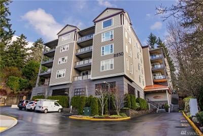 Redmond Condo/Townhouse For Sale: 8850 164th Ave NE #504