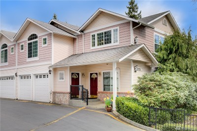 Lynnwood Condo/Townhouse For Sale: 5705 200th St SW #E