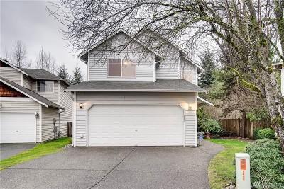 Lake Stevens Single Family Home For Sale: 827 124th Ct NE