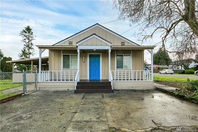 Seattle Single Family Home For Sale: 1721 SW 102nd Street