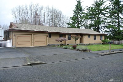 Puyallup Single Family Home For Sale: 212 Rose Place