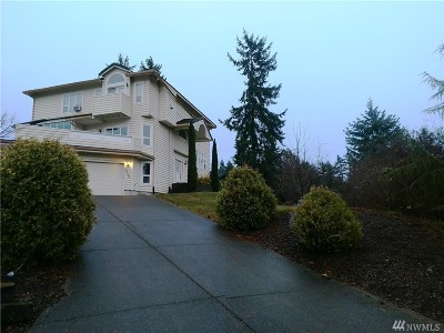 Single Family Home For Sale: 9645 Amanda Dr NE
