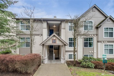 Issaquah Condo/Townhouse For Sale: 23420 SE Black Nugget Rd #F202