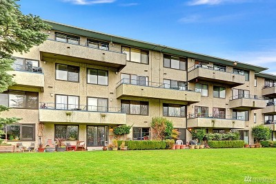 Seattle Condo/Townhouse For Sale: 1100 S Atlantic St #205