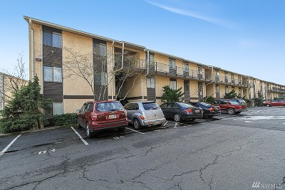 Kirkland Condo/Townhouse For Sale: 12611 NE 145th Place #H-77