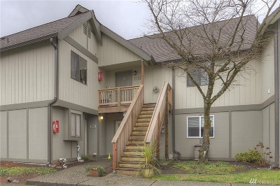 Tumwater Condo/Townhouse For Sale: 220 Israel Rd SW #C11