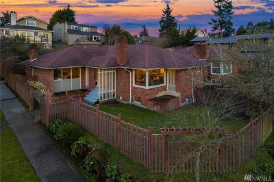 Seattle Single Family Home For Sale: 5757 NE 61st St