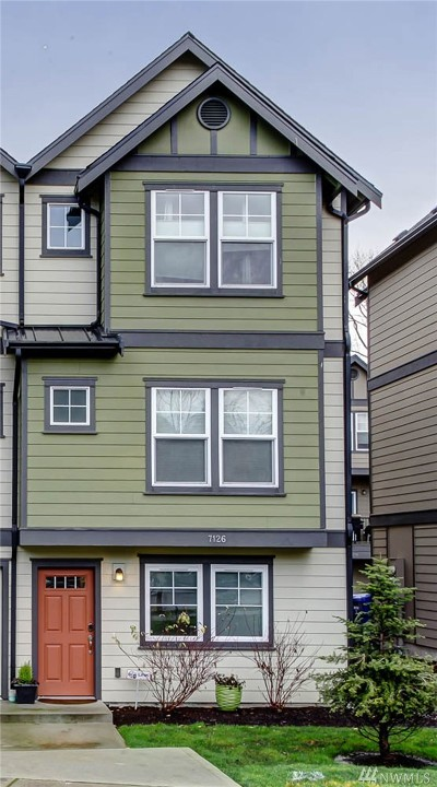 Seattle Single Family Home For Sale: 7126 Shinkle Place SW