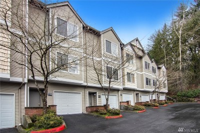 Issaquah Condo/Townhouse For Sale: 18501 SE Newport Wy #F126