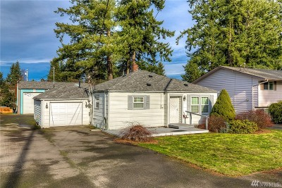 Everett Single Family Home For Sale: 31 E Beech St